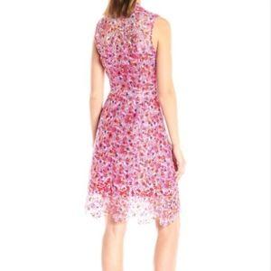 T Tahari Dresses - New Tahari Talika Lace Pleated zip cocktail dress